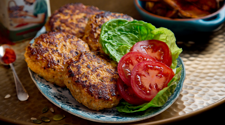 turkey burgers with sweet potato wedges
