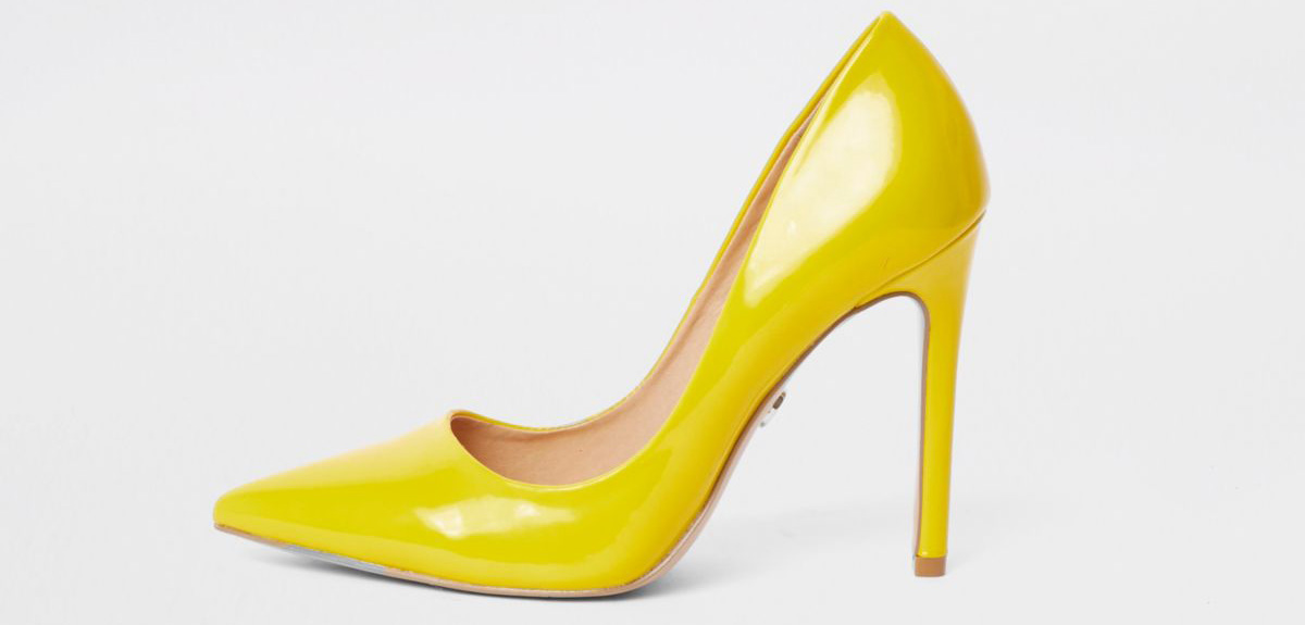 003 L10 River Island yellow court