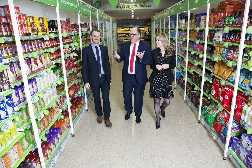 L–R: Michael Morgan, sales director, SuperValu; Martin Kelleher, managing director, SuperValu, and SuperValu council chair Yvonne O'Meara.