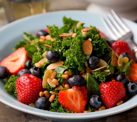 Kale blueberry strawberry salad recipe