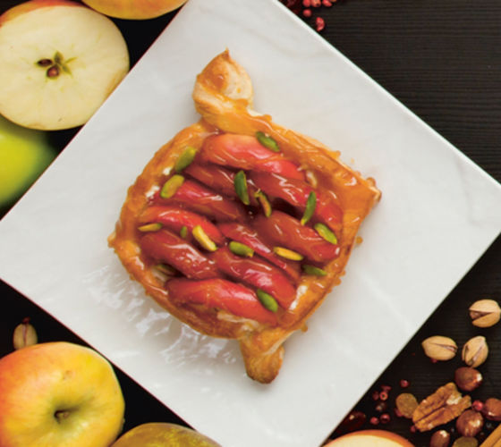 Puff pastry apple tartlets recipe