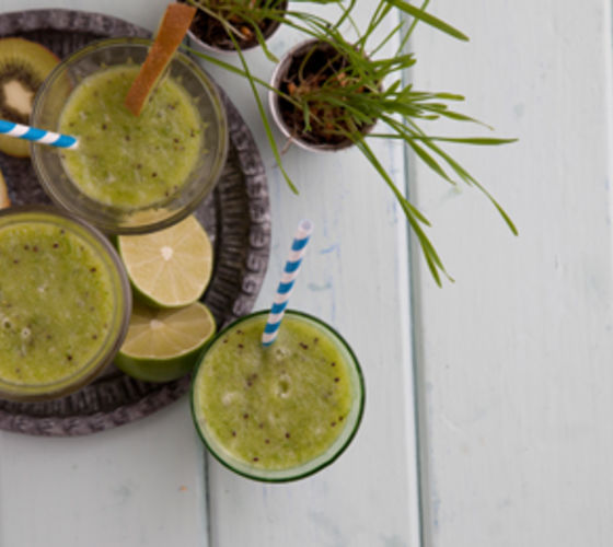 Apple, Kiwi & Wheatgrass Smoothie