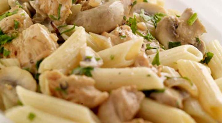Easy Creamy Chicken Pasta