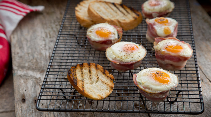 Egg muffins recipe with bacon