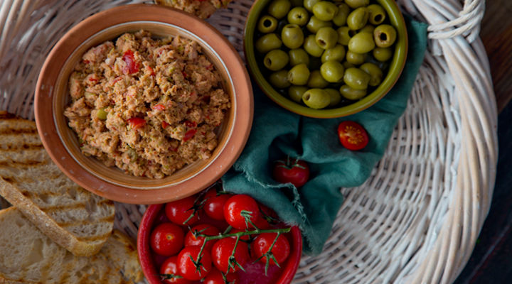 Tuna tomato olive spread recipe