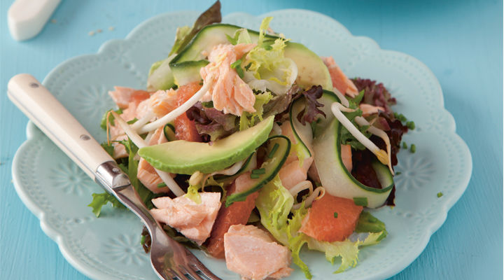 Martin fish steamed salmon salad