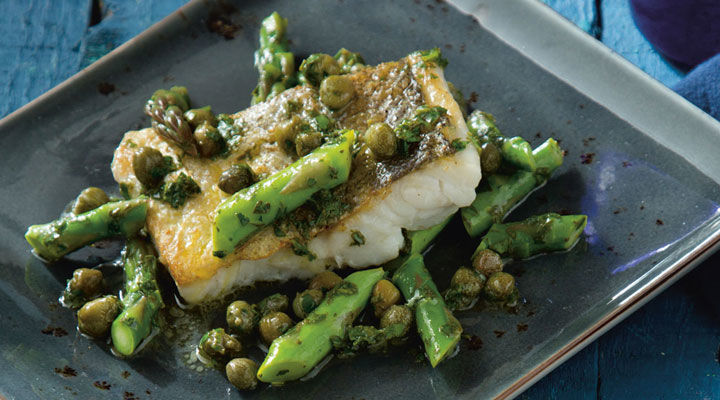 Pan-Fried Hake with Asparagus, Capers, Parsley and Lime Butter