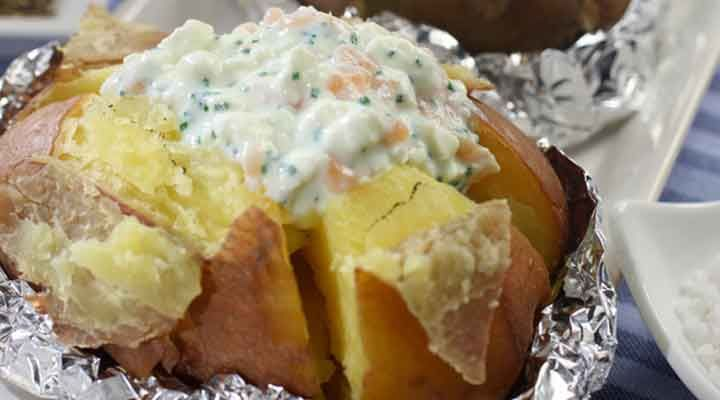 Magnificent Avonmore Low Fat Cottage Cheese Smoked Salmon Chive Potato Topper Interior Design Ideas Gentotryabchikinfo
