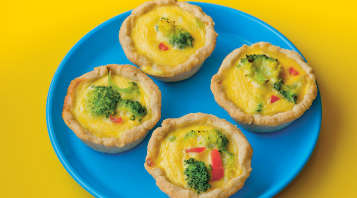 Mini broccoli quiches