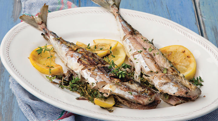 Wole mackerel a la plancha with samphire and cherry tomato salad recipe