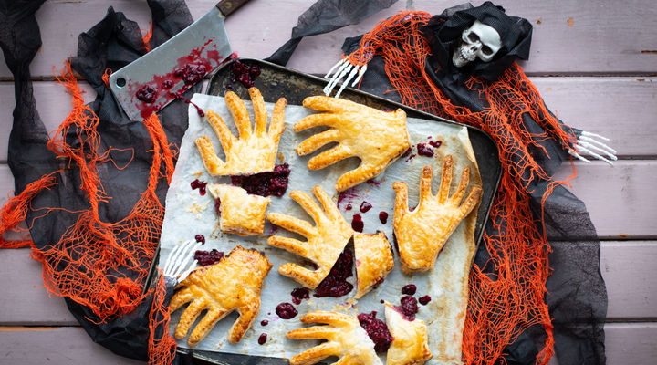 SuperValu Blackberry Apple Hand Pies Halloween