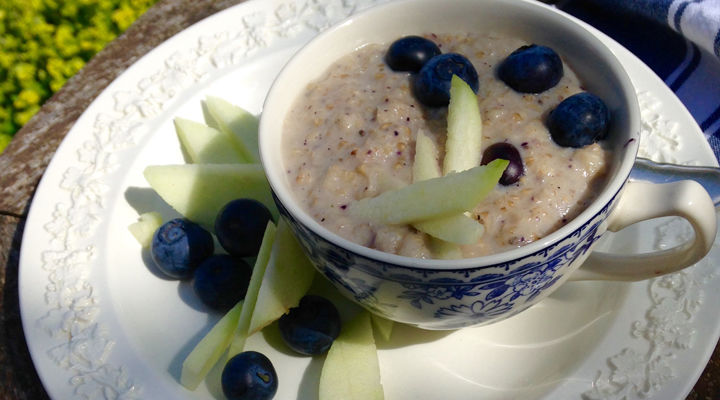 Apple & Blueberry Porridge