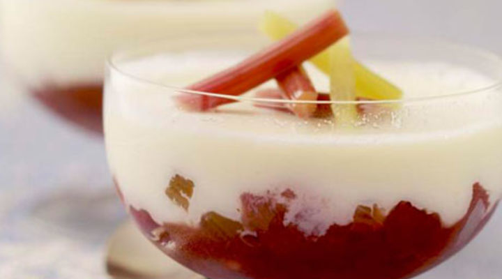 Kevin's Apple & Rhubarb Fool