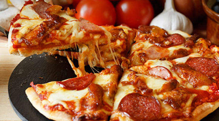 Chicken & Chorizo Tear & Share Pizza