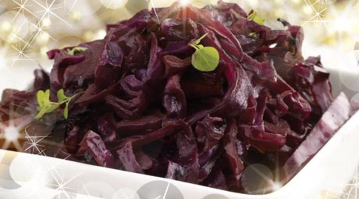 Mulled Red Cabbage with Onion