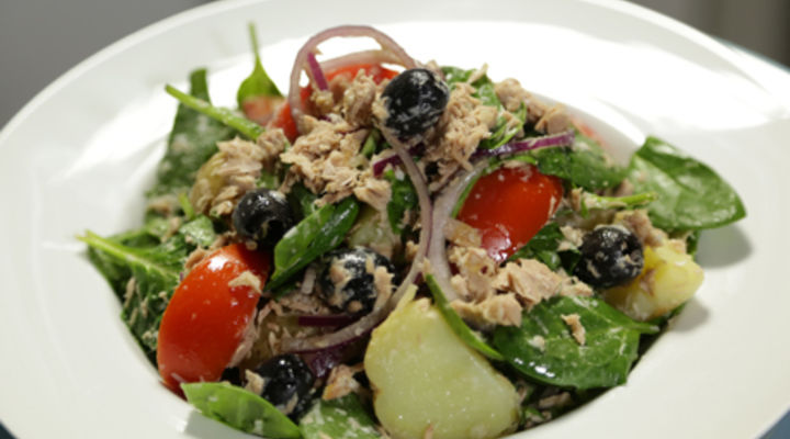 Friday Jan 16th - Tuna and Tomato Spinach Salad