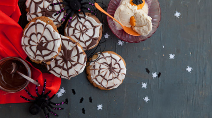 Scary Spider Web Cookie