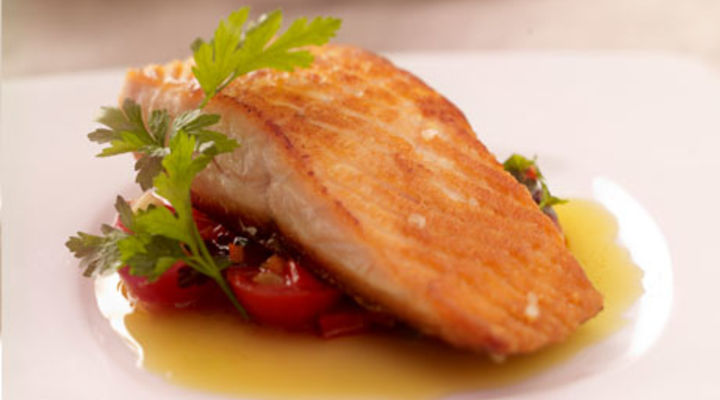 Pan Seared Salmon With Garden Tomato & Chilli Salsa